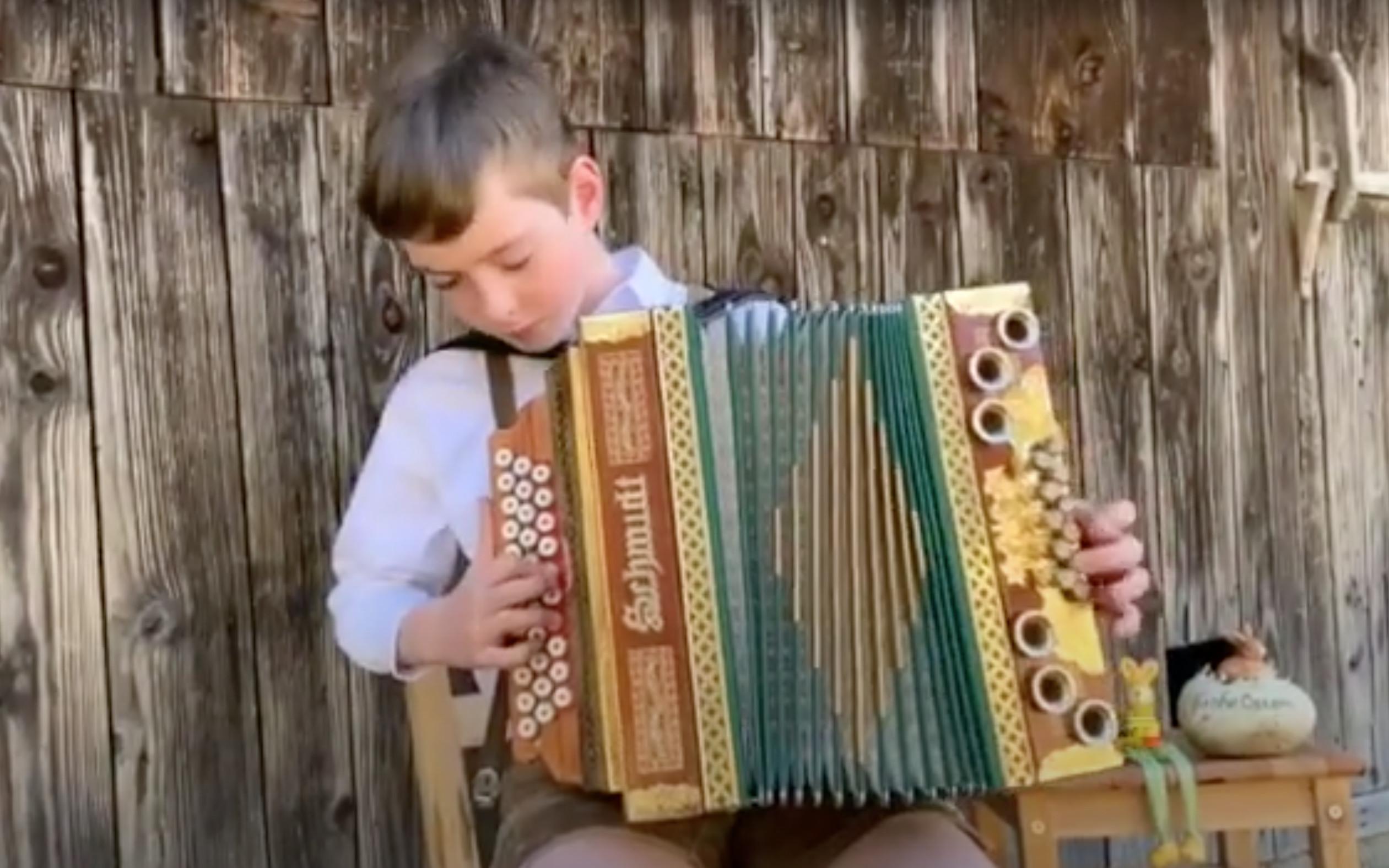 Harmonikavorspielstunde der MS Passail